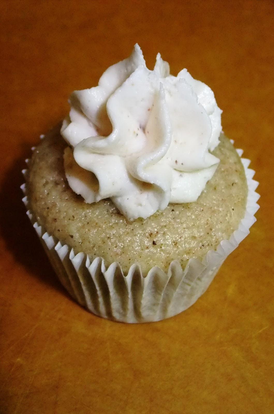 Vegan Eggnog Cupcakes – Robin Robertson